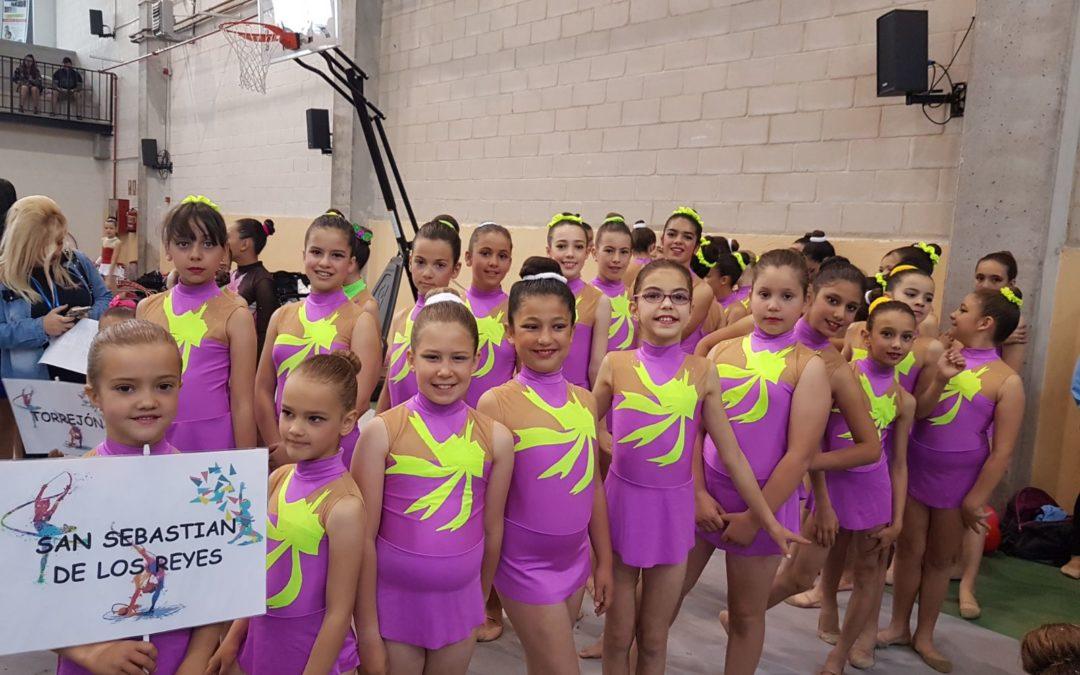 Las gimnastas de escuela triunfan en El Casar